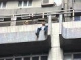 Man Wants To Jump Off Building Because Of Occupy In Hong Kong