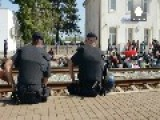 Masses Of Migrants And Refugees Adrift In Croatia