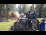 Machine Gun VS Dynamites