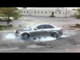 Mercedes Benz C63 AMG Amazing Burnout