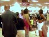 Mall Fight Ghetto Style