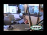 Morbidly Obese New Jersey Governor Chris Christy Too Fat To Sit In Chair