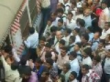 Mumbai Train Station - Worse Than China!