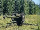 Novorossiya Artillery In Action...122mm D-30 Howitzer