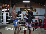 PORNSANAE MUAY THAI PAD WORK TRAINING
