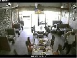 Pizzeria Robbery In Mexico, Tamaulipas Band. Warning, No Deaths Or Excessive Violence