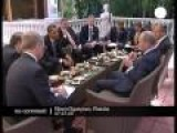 Putin And Obama Have Breakfast With Tea Like Good English Ladies
