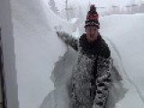 Poor Canadian Man And His Snow Problem