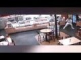 RAW FOOTAGE Subway Robbery Thwarted By Off-Duty Cop 10 10 2015