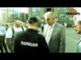 Russian Activists Approach Smokers In The Street And Make Them Extinguish Their Cigarettes. Episode 4
