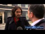 Russell Brand Sticks His Nose In & Talks A Load Of Old Shite As Usual Channel 4 News, 1.12.14