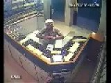 Robber Kills A Jewelry Store Owner