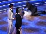 Ryan Lochte Rushed On Stage - Dancing With The Stars
