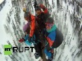 Russia: Thrill-seekers Smash Group-paraglide World Record