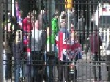 Sectarian Mob Hurl Abuse At Gaeilgeoirí At Belfast City Hall