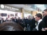 Singing Ukrainian Christmas Carol In Moscow Mall