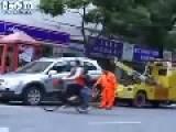 Shanghai Lady's Minivan Vs. Tow Truck