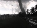 Storm Chaser Has Close Call With Tornado In South-Central Oklahoma