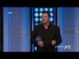 Seth MacFarlane Burns Duck Dynasty While Accepting 'Genius' Award