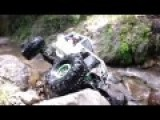 Super Climp Off-road In Rocky And Bumpy Stream