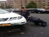 Two Female NYC Police Cannot Hold Suspect Down