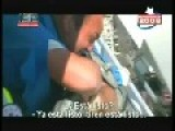 Trapped Window Washer Rescued - Chile - GRAPHIC