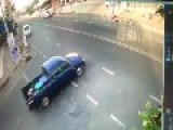 Turning Pickup Truck Driver Is Oblivious To Oncoming Traffic