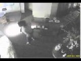 Thief Breaks Into Jewelry Store In The Woodlands Area Of Houston Texas