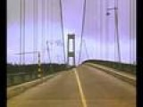 Tacoma Narrows Bridge Collapse 1940