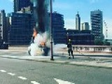 Taxi Blaze Closes Blackfriars Bridge