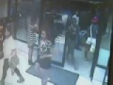 Twerking Teens Mob And Rob Store