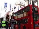 UK: Hunky M&S Supermodel David Gandy Delights Giggling Fans