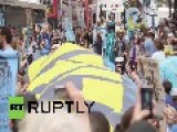 USA: See Thousands Of Climate Change Activists SHUT DOWN Wall Street