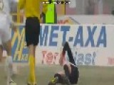Ugly Injury In Romanian First Football Division