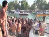 USA - Wild Brawl In The Water