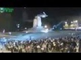 Ukraine Crisis: Protesters Demolished Lenin Statue In Kharkov 28 09 2014 RAW FOOTAGE
