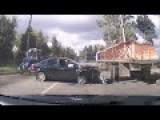 Unusual Scary Car Accident Caught On Tape