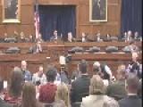 US Nurse Calls On Congress To Better Address Ebola