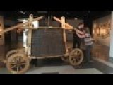 VIDEO Recreating A 1600's Fire Engine