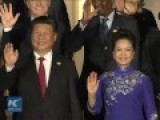 World Leaders Take Photo Before Luxury Banquet