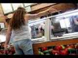 Woman Looses Her Mind At Subway Over Meatball Sub