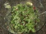 How To Make A Raw Food Salad
