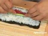 How To Make Tuna Maki Part 2 2