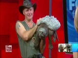 'Turtleman' Catches Snapping Turtles Barehanded!!