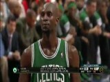 Kevin Garnett Makes Freethrow Despite Distraction