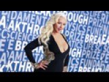Christina Aguilera Brings Hollywood Glamour To Science Awards