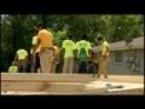 Howard High Students Build House