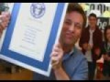 Jamie Oliver Breaks Chilli-Chopping Guinness World Record
