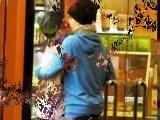 LEAKED Justin Bieber And Selena Gomez KISSING At DisneyLand 2012 | JELENA KISSING 2012
