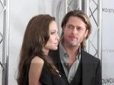 Brad Pitt And Angelina Jolie Love Karaoke